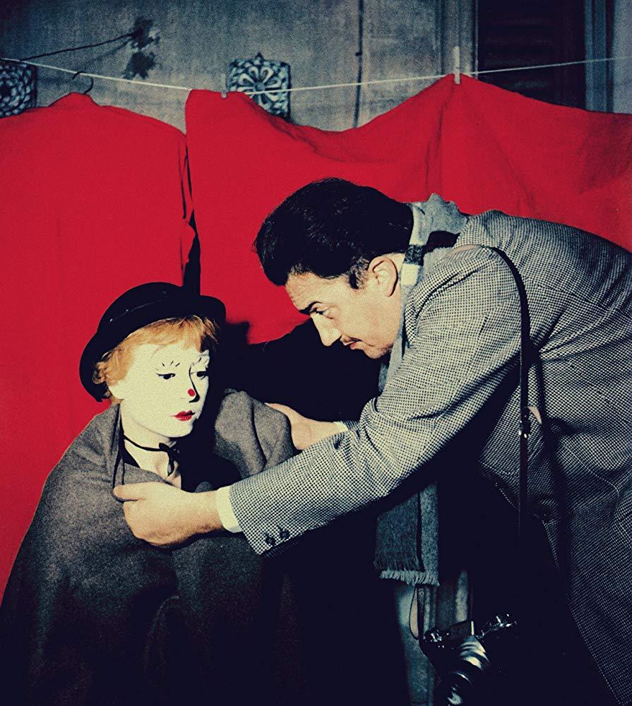 Federico Fellini y Giulietta Masina en 'La strada' (1954)