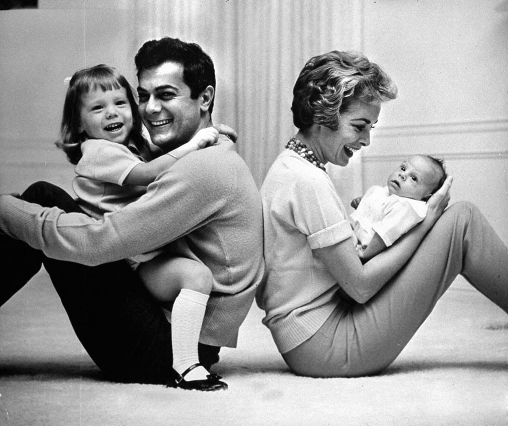 Curtis, Leigh y sus hijas