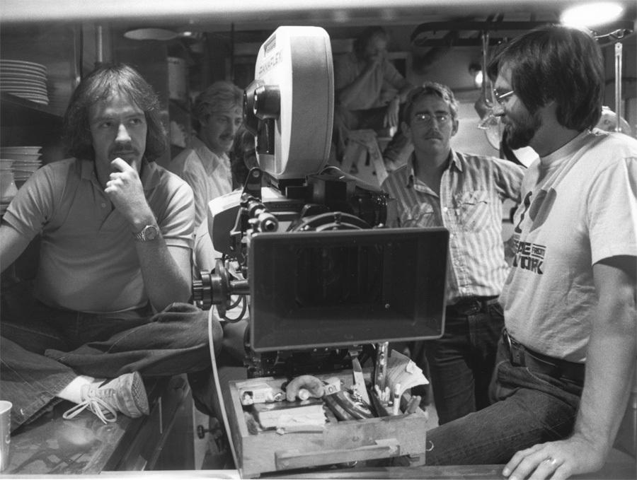 John Carpenter en el set de 'La Cosa' (1982)
