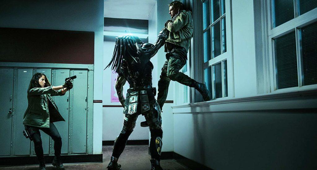 Olivia Munn y Boyd Holbrook en The Predator (2018)