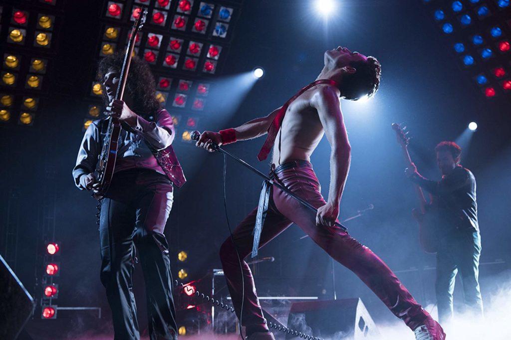 Joseph Mazzello, Rami Malek, y Gwilym Lee in Bohemian Rhapsody (2018)