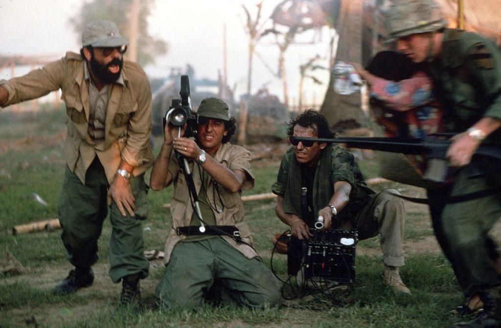 Francis Ford Coppola dirigiendo Apocalypse Now en 1979