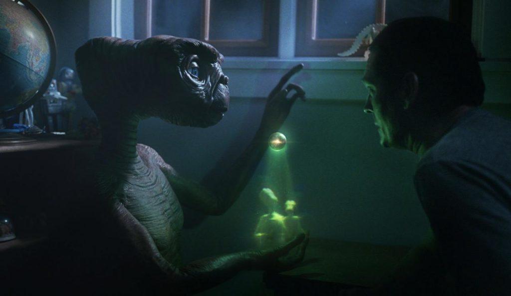 ET y Elliott