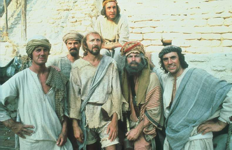 John Cleese, Terry Gilliam, Graham Chapman, Eric Idle, Terry Jones, y Michael Palin en Life of Brian (1979)