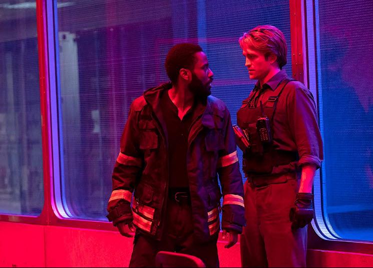 John David Washington y Robert Pattinson en Tenet